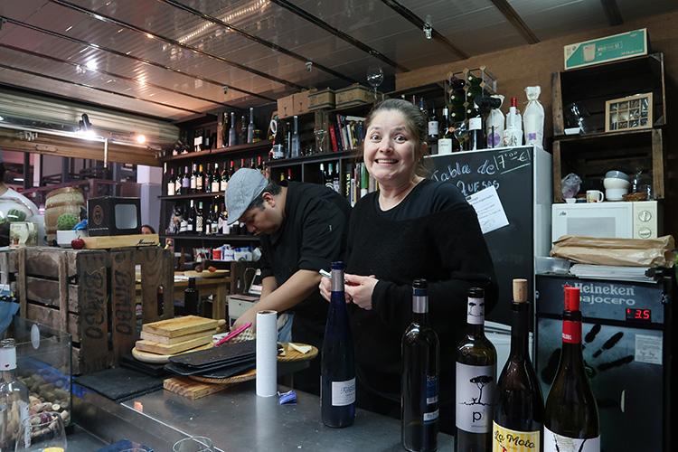 マドリード セバーダ市場 バル ワイン