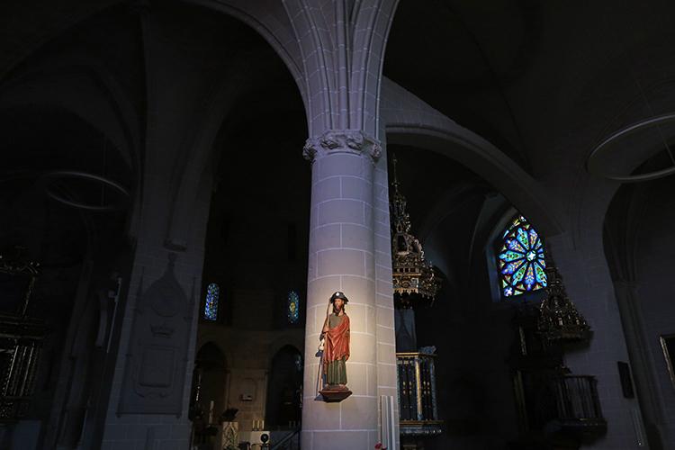 カミーノ スペイン エステージャ サンペドロ教会