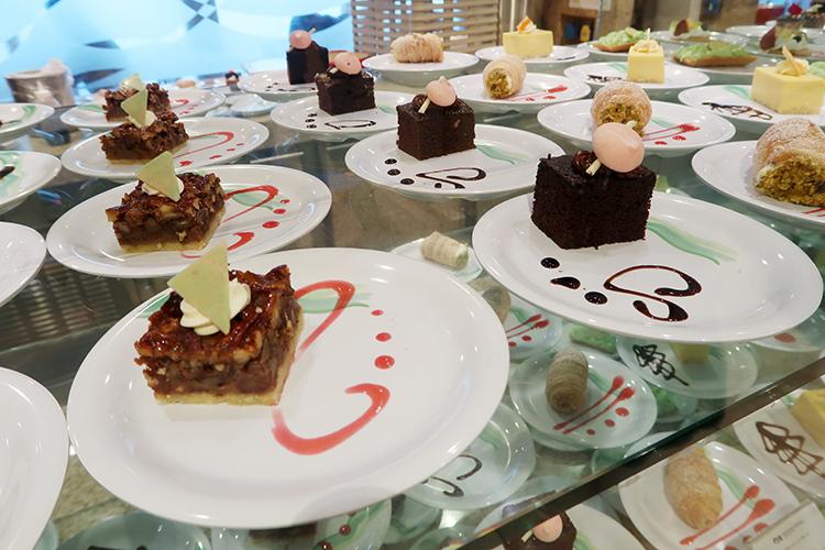 ダイヤモンド・プリンセス ホライゾン・コート ケーキ