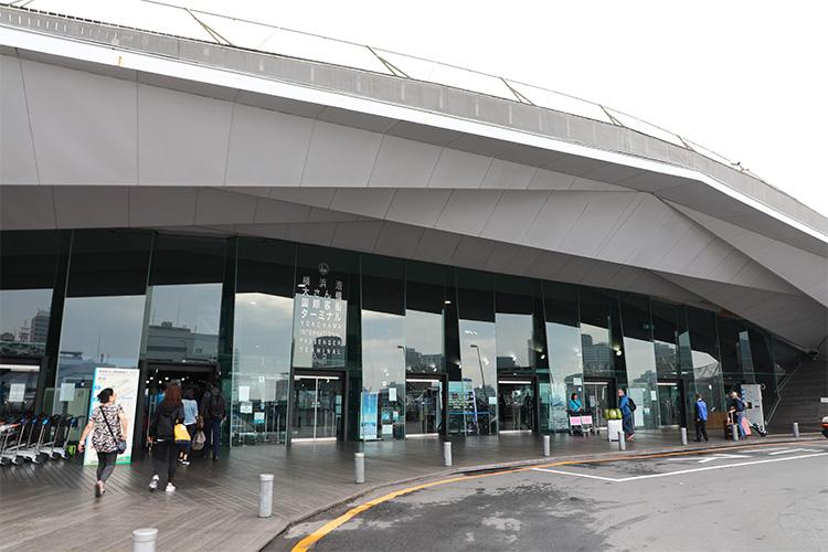 横浜大さん橋 国際港 ダイヤモンド・プリンセス ターミナル