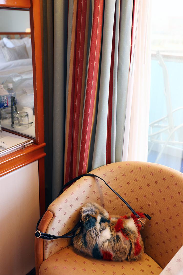 ダイヤモンド・プリンセス 船内 客室 海側 バルコニー付き