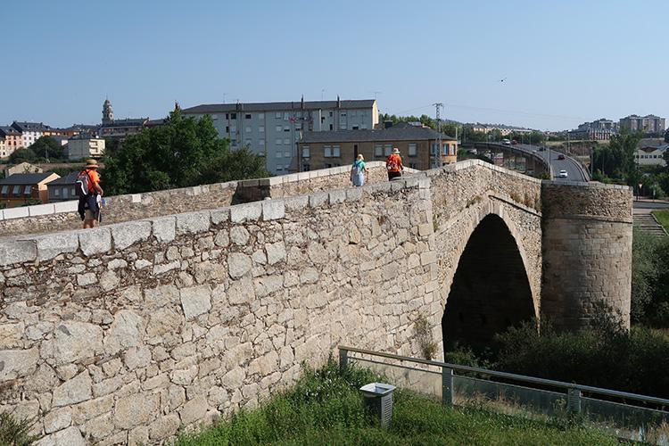 マスカロン橋 ポンフェラーダ カミーノ