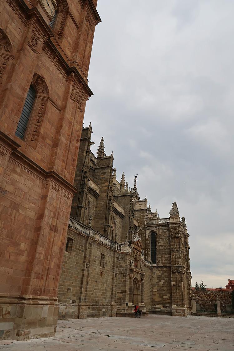 ASTORGA カテドラル 大聖堂 アストルガ