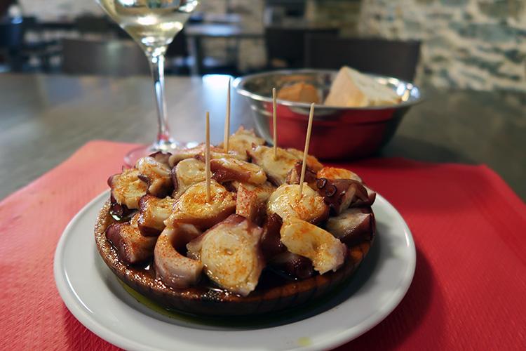 ガリシア名物 プルポ タコ料理