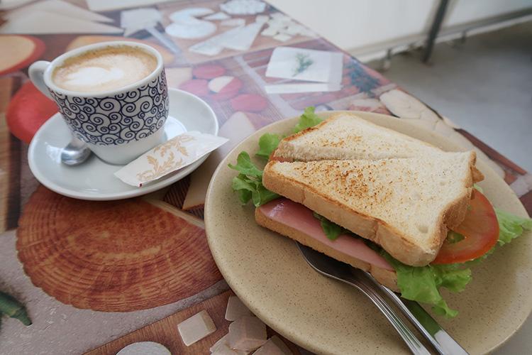 バル休憩 サンドイッチ