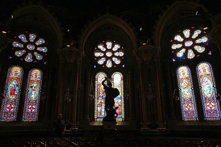 モンセラット バルセロナ 修道院