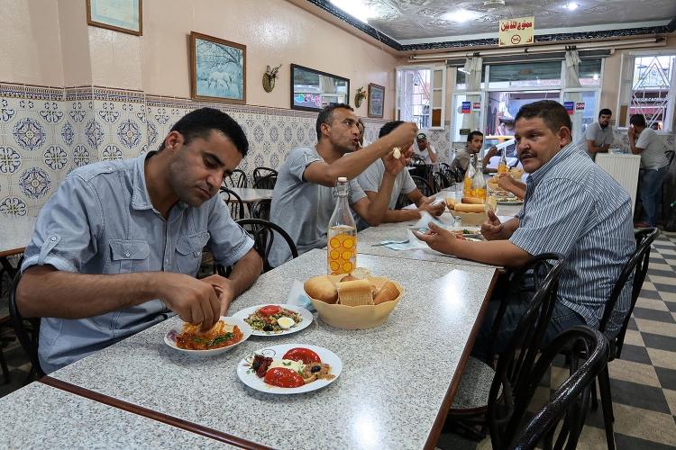 チュニジア レストラン
