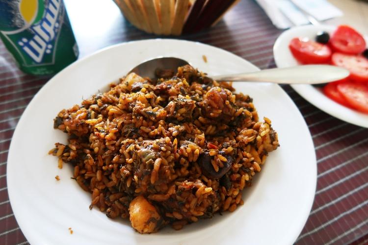 チュニジア 魚介 シーフード料理