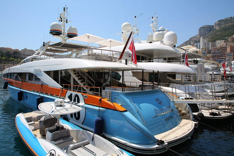 モナコ公国 豪華客船 クルーザー