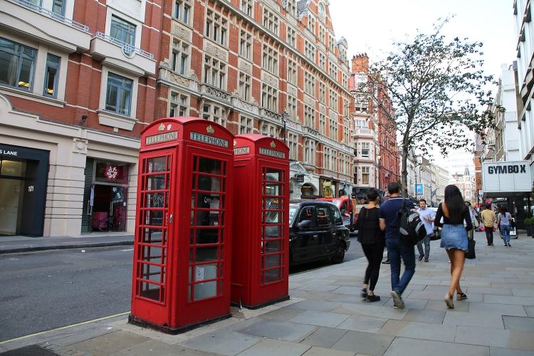 ロンドン 電話ボックス