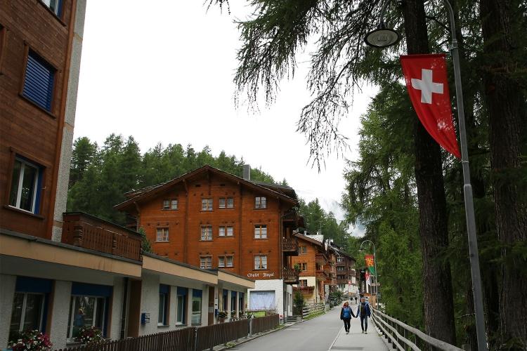 スイス ツェルマット おすすめ 安宿