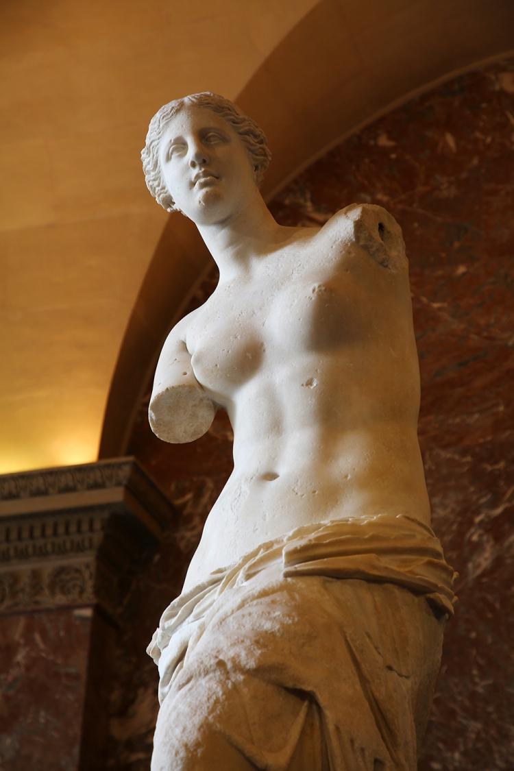パリ ルーブル美術館 ミロのヴィーナス