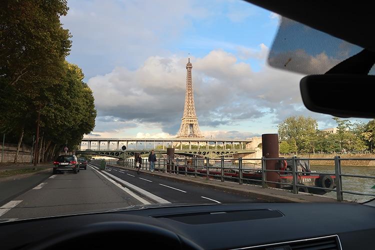 パリ ドライブ レンタカー