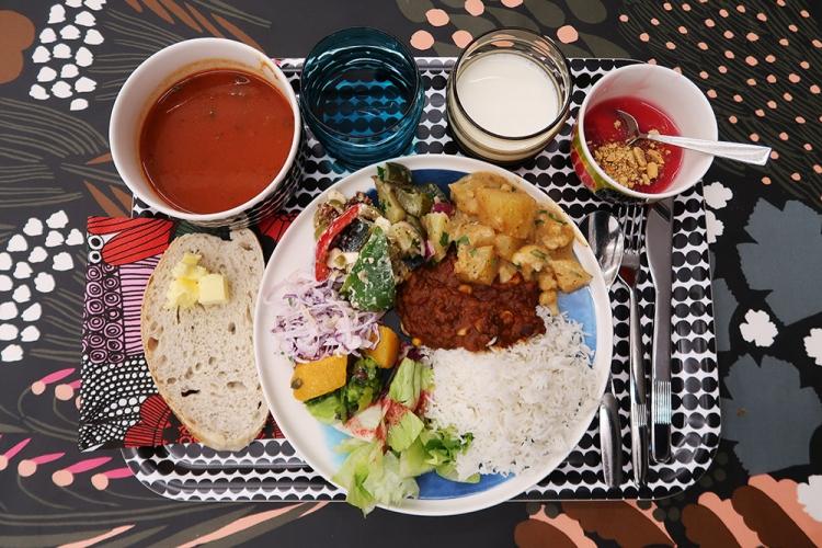 マリメッコ 本社 ヘルシンキ 食堂