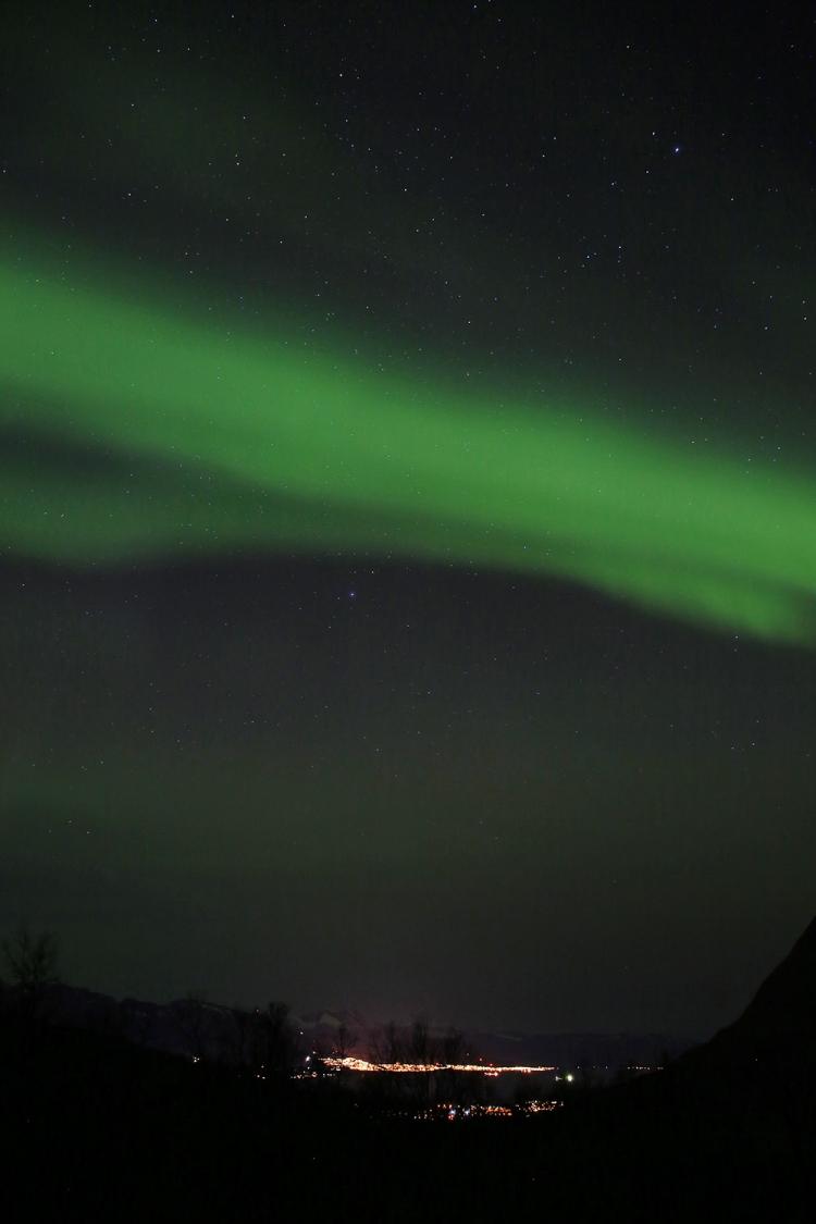 オーロラ爆発 スウェーデン オーロラブレイクアップ
