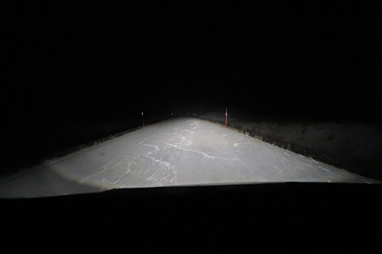 キルナ 夜 雪 運転