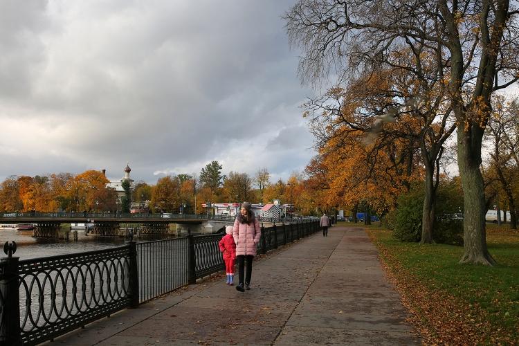 サンクトペテルブルク ネヴァ川 サンクトペテルブルク ペトログラード側
