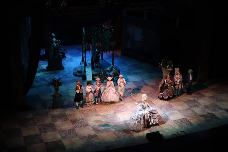 マリインスキー劇場 オペラ フィガロの結婚
