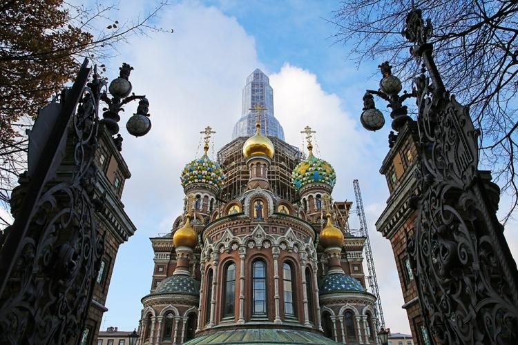 血の上の救世主教会 サンクトペテルブルク 修復中