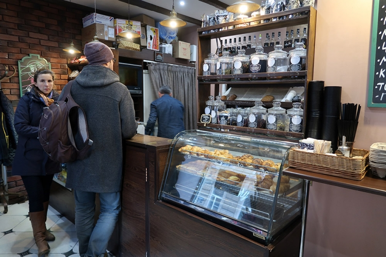 ロシア パン屋 ケーキ