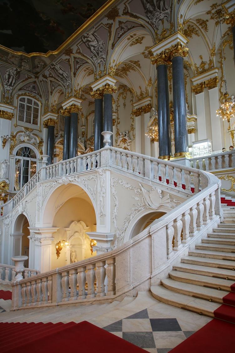 大使の階段 エミルタージュ美術館