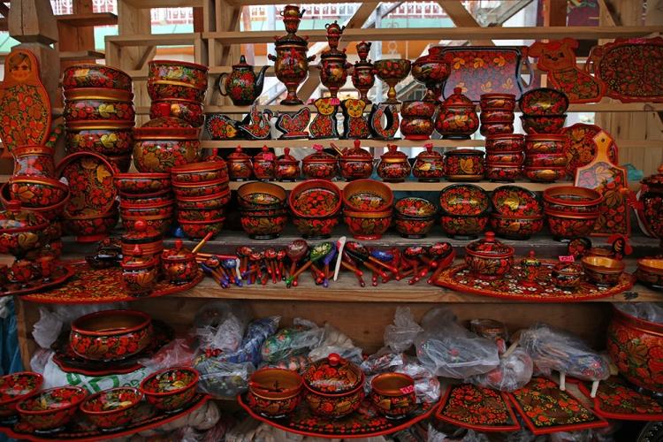 モスクワ ヴェルニサージュ市場