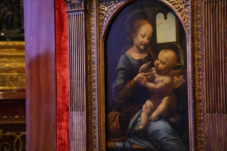 レオナルド・ダ・ヴィンチ ブノワの聖母