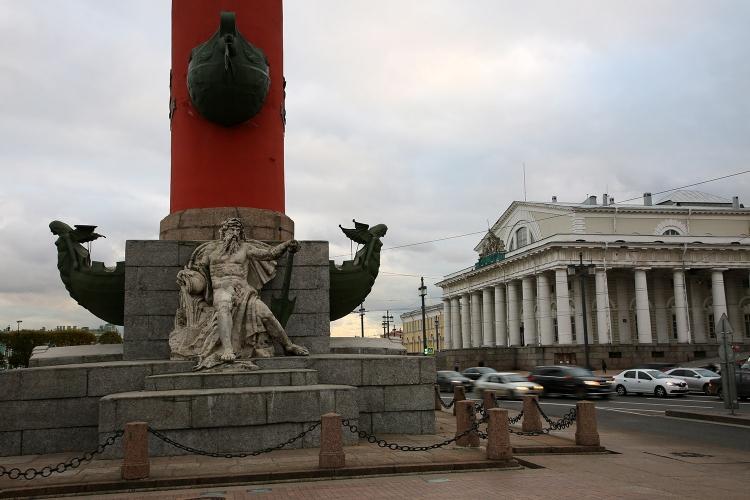 ロストラの灯台柱 ロシア サンクトペテルブルク