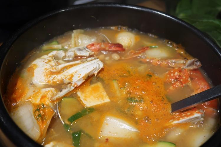 釜山 韓国グルメ 海鮮チゲ スンドゥブ